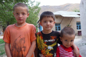 hayat-villadge-children
