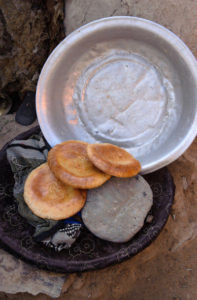 uzbek-villadge-fresh-bread