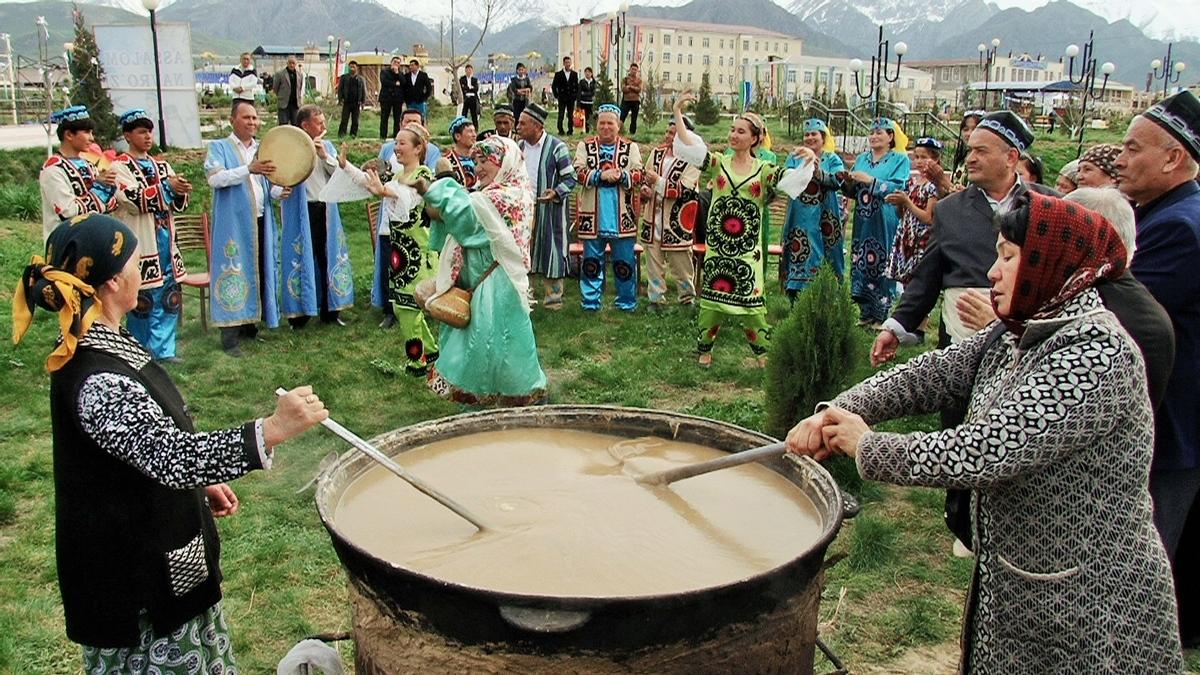 Sumalak in Uzbekistan / Сумаляк в Узбекистане